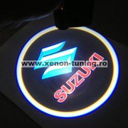 Proiectoare Portiere cu Logo Suzuki - BTLW020